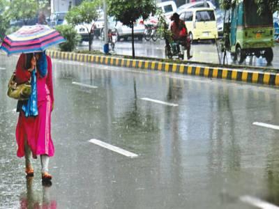 ملک کے بیشترعلاقوں میں بادل برس پڑے، گرمی کی چھٹی ہوئی تو شہریوں نے سکھ کا سانس لیا