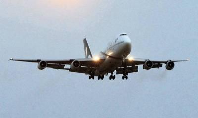 لندن میں زیرحراست رہنے والا پی آئی اے کا عملہ کراچی پہنچ گیا