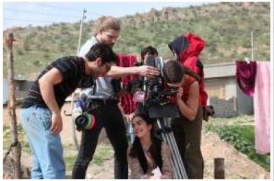 ہدایتکار فاروق مینگل نے اپنی نئی فلم''رنگ باز''کا آغاز کردیا
