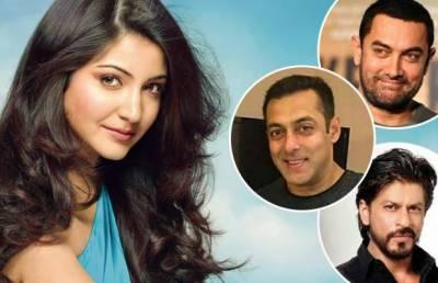 انوشکا شرما نے بالی ووڈ خانز کو ٹھینگا دکھا دیا