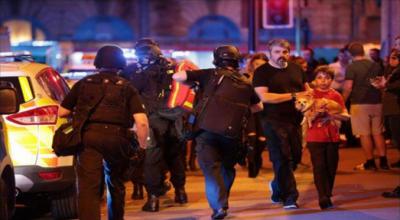 مانچسٹر میں کنسرٹ کے دوران دو بم دھماکوں میں 19 افراد ہلاک 50 سے زائد زخمی