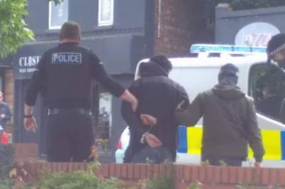 برطانوی پولیس نے مانچسٹر میں دہشت گرد حملے میں ملوث 23 سالہ شخص کو گرفتار کر لیا