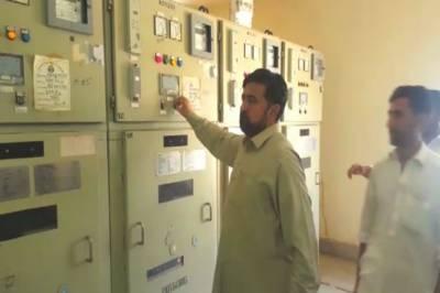 تحریک انصاف کے کارکنوں کا گرڈ اسٹیشن پر دھاوا، بند فیڈر خود ہی کھول دیئے
