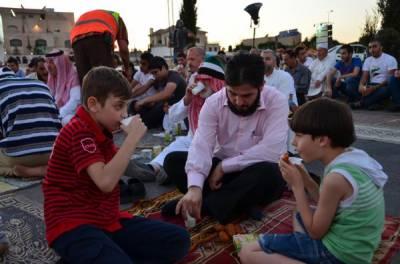 سعودی عرب شامی پناہ گزینوں کے لئے افطار کی سہولیات فراہم کرے گا