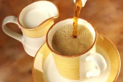 گرمیوں میں چائے کا استعمال فائدے مند قرار