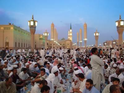 متحدہ عرب امارات ،سعودی عرب سمیت دیگر مسلم ممالک میں آج پہلا روزہ ہے