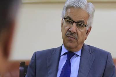 بجلی بچانے کی بجائے حکومت نئے پلانٹس کے افتتاح میں لگی رہی: خواجہ آصف
