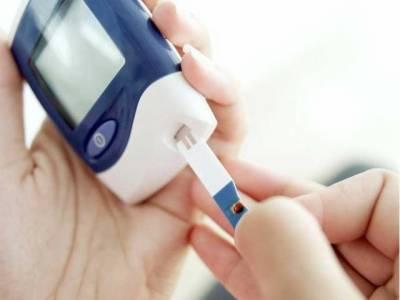 ذیابیطس کے مریض روزہ رکھ سکتے ہیں، شوگر چیک کرنے سے روزہ نہیں ٹوٹتا، ماہرین صحت