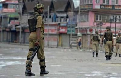 مقبوضہ کشمیر میں ہڑتال، سری نگر میں کرفیو، مظاہرین اور فورسز میں جھڑپیں150زخمی