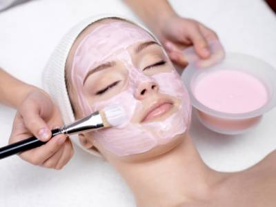 الیکٹرانک آلات کے ذریعے چہرے کی خوبصورتی میں اضافہ کرنا کتنا خطرناک ہے؟