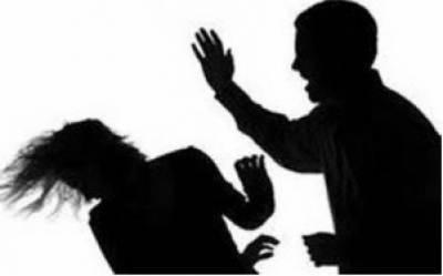 گھریلو ناچاقی پر باپ نے گلا دبا کر 3 کمسن بیٹیوں کو قتل کر دیا , ملزم گرفتار