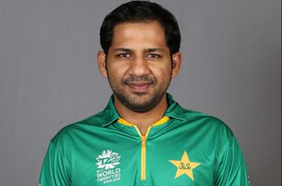 سرفراز احمد بھارت کے خلاف ون ڈے انٹرنیشنل میچ میں ٹیم کی قیادت کرنے والے 19ویں پاکستانی کپتان بن گئے