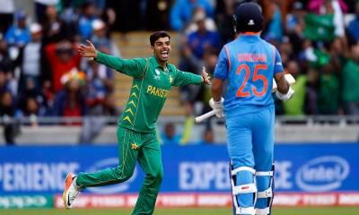 بھارت نے پاکستان کو جیت 324 کا ہدف دے دیا
