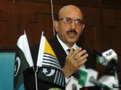 جیل کے قیدیوں کو قانون پسند شہری بنانے کے لیے اصلاحات کی ضرورت ہے، سردار مسعود خان