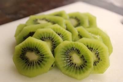 نیند کی کمی کا شکار افراد کیوی پھل کا استعمال معمول بنائیں، ماہرین