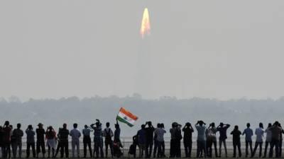 بھارتی خلائی ادارے نے ایک طاقتور راکٹ خلا کی طرف روانہ کر دیا