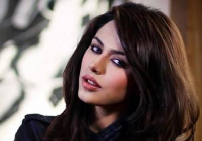 ماڈل ایان علی نے فلم میں اداکاری کرنے کامعاوضہ 3 کروڑ روپے مانگ لیا