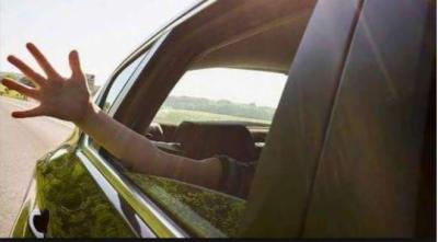 عجمان میں اماراتی بچیاں کار میں دم گھٹنے سے ہلاک