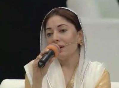 شرمیلا فاروقی کی نعت پڑھنے کی ویڈیو سوشل میڈیا پر وائرل