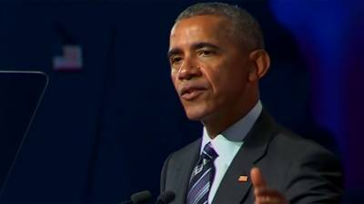 سابق امریکی صدر باراک اوباما نے آٹھ سال تک ایک ہی لباس زیب تن کیے رکھا، حیران کن انکشاف