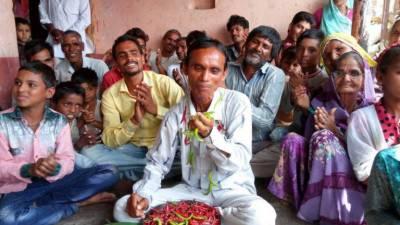 بھارتی ریاست مدھیہ پردیش میں ایک شخص روزانہ تین کلو مرچ کھا جاتا ہے
