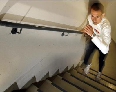 فرینکفرٹ میں 61 منزلہ عمارت پر سیڑھیاں چڑھنے کی چھٹی سالانہ ریس کا انعقاد