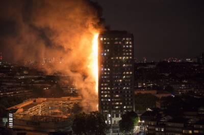 لند ن میں 27 منزلہ کرینفل ٹاور میں خطرناک آتشزدگی