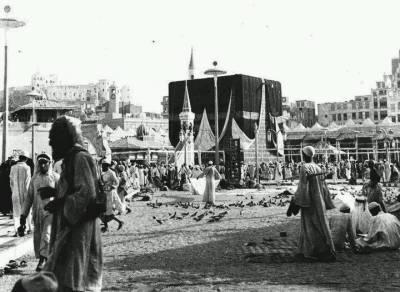 خانہ کعبہ کی پہلی تصویر محمد صادق بیہ نے 1880 میں بنائی
