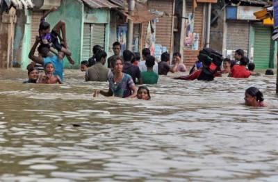 بھارت میں طوفانی بارشوں اور سیلاب نے تباہی مچا دی ،9 افراد ہلاک
