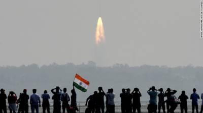 بھارتی راکٹ مزید 31 سیٹلائٹ لے کر خلا میں روانہ