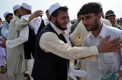 پشاور سمیت کچھ اضلاع اور قبائلی علاقوں میں آج عیدالفطر منائی جارہی ہے