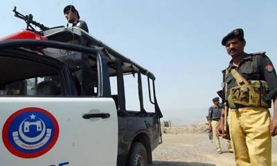 پشاورپولیس نے 8اشتہاریوں سمیت 110جرائم پیشہ افراد گرفتار کرلئے