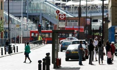 مشرقی لندن میں دو مسلمان افراد پر تیزاب پھینک دیا گیا