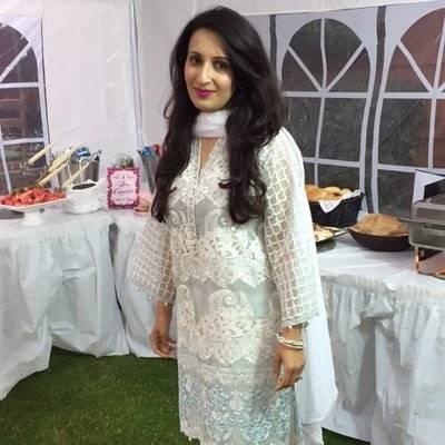 ناصر جمشید کی اہلیہ نے طلاق سے متعلق خبروں کی تردید کر دی