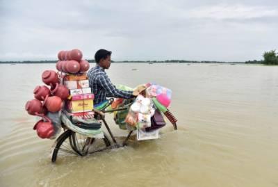 بھارت میں طوفانی بارشوں سے 20 افراد ہلاک، ہزاروں بے گھر