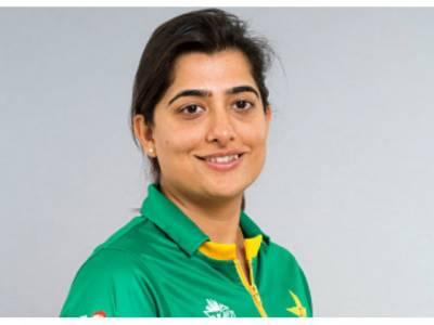 ثنا میر 100 میچز کھیلنے والی پہلی پاکستانی کھلاڑی بن گئیں