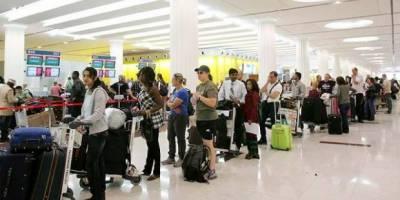 امریکہ نے دو ائیر لائنز کے مسافروں پر لیپ ٹاپ لے جانے کی پابندی اٹھالی