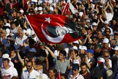 ترکی میں حزبِ اختلاف کے لیڈر کاانقرہ میں بڑا جلسہ