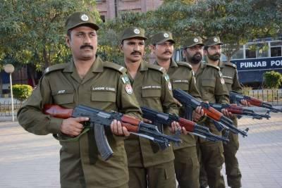 پنجاب پولیس کی وردی میں تبدیلی کی تیاریاں پھر شروع