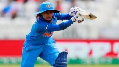 بھارتی ویمنز کرکٹ ٹیم کی کپتان نے نیا عالمی ریکارڈ بنا ڈالا