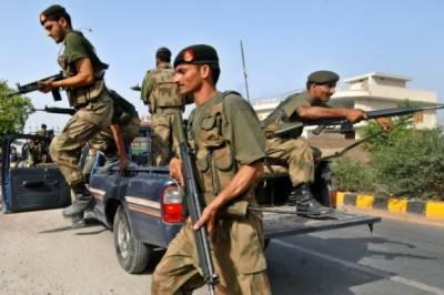 ڈاکوؤں کی فائرنگ سے شہید ایس ایچ او کی نماز جنازہ ادا کردی گئی