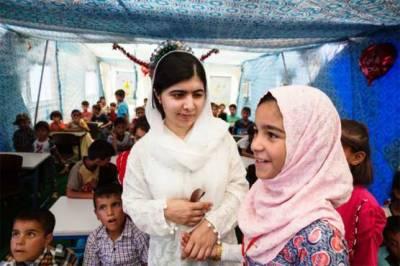 ملالہ کاموصل کا دورہ،جنگ سے متاثرہ لڑکیوں سے بات چیت