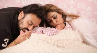 عدنان سمیع نے بیٹی کی تصویریں سوشل میڈیا پر شیئر کر دیں
