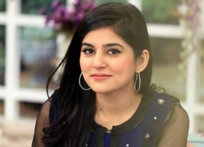 پاکستان کی معروف اداکارہ صنم بلوچ نے زندگی کی 31 بہاریں دیکھ لیں