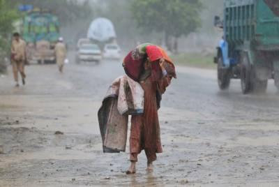 اتوار اور پیر سے ملک کے بالائی علاقوں میں بارشوں کا نیا سلسلہ شروع ہوگا ، محکمہ موسمیات