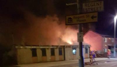 مانچسٹر میں نامعلوم شرپسندوں نے مسجد کو نذر آتش کرکے شہید کردیا,مسلم کمیونٹی سراپاً احتجاج