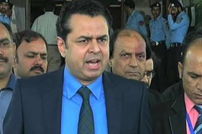 لوگ سپریم کورٹ میں انصاف نہیں بلکہ اقتدار لینے آتے ہیں: طلال چودھری