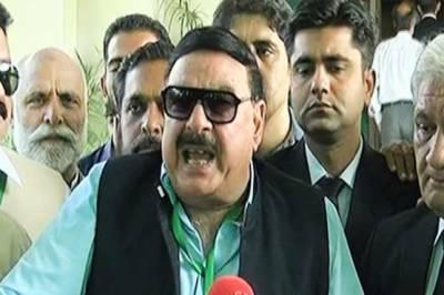 'وزیراعظم کو ڈٹ جانے کا مشورہ دینے والے انکا سیاسی تابوت بنا رہے ہیں'