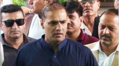 'عمران خان کو ڈر ہے سپریم کورٹ آیا تو گرفتار کر لیا جائے گا'