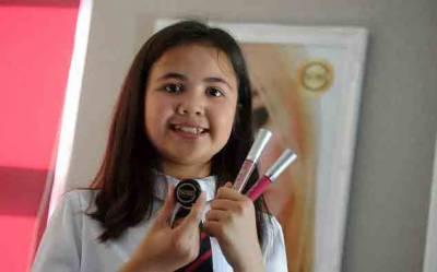 ہر ماہ ایک لاکھ 30 ہزار روپے سے زائد کمانے والی 12 سالہ لڑکی